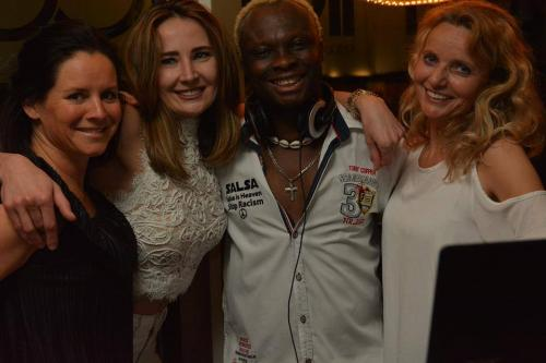 All in White Party Honour of Ken. Kizomba Workshops mit Ben